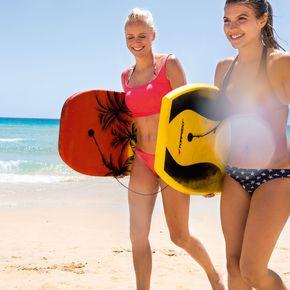 Surfen am Strand