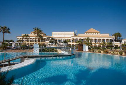 Poolbereich im Aldiana Club Andalusien