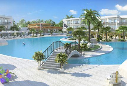 Poolbereich im Aldiana Club Calabria